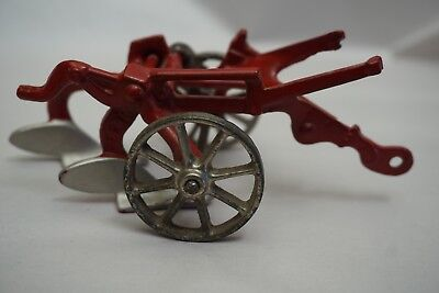 RARE Vintage Arcade Cast Iron Oliver Plow Marked 282 R Toy Farm Implement Red