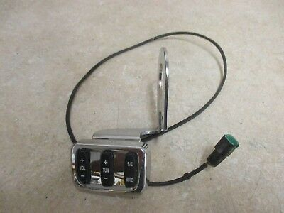 2009 Victory Vision Touring Radio Controls Volume Tune Buttons Stock  Oem 0747