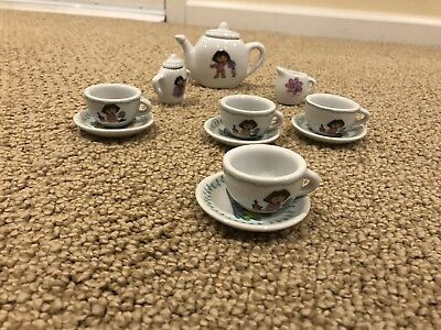 Dora The Explorer 8 Piece Porcelain Mini Tea Set