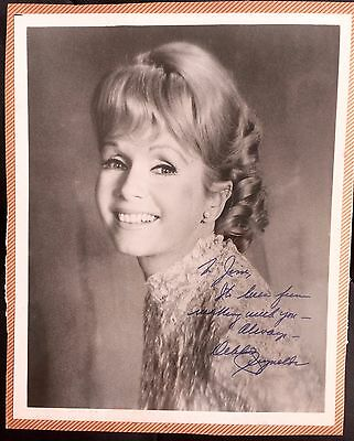 Amazing Movie & Television Collectible Autographed Photograph Debbie Reynolds