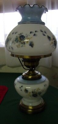 "Beautiful Blue & White Electric Hurricane 16"" Table Lamp -- Excellent"