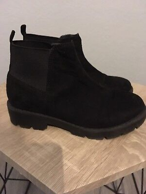 Blue Zoo Girls Black Suede Chunky Chelsea Boots Infant Size 13