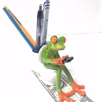 """Frog Texting on the Toilet, Pen or trinket holder 4.25"""" tall"""