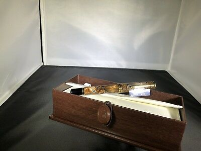 Pelikan SOUVERAN M800 Grand Place Fountain Pen - This is the Big One!