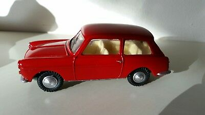 Vintage 1:42 Tri-ang Spot On Red Austin A40 Farina Code 3 Rare Flexomatic Model