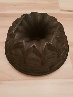 Backform Gusseisen Antik Gugelhupf Cast Iron bundt cake pan mold Kuchenform