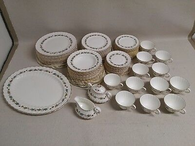 Lot of 75pcs Royal Doulton ROYAL GOLD H4967 Doulton & Co English Fine Bone China