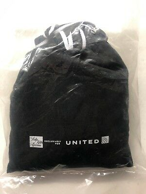 New United Business Class Saks Fifth Avenue Amenity Kit