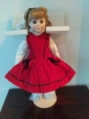 "Pretty 15"" Porcelain Betsy McCall Doll ""Winter"" 1984 In Box"