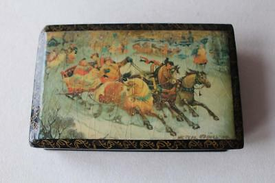 Vintage Russian Lacquer Box with Troika Horses Man & Lady Scene signed