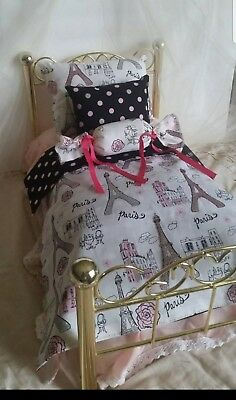 American Girl Doll 4 pieces Bedding set, fits 18 inches doll beds.