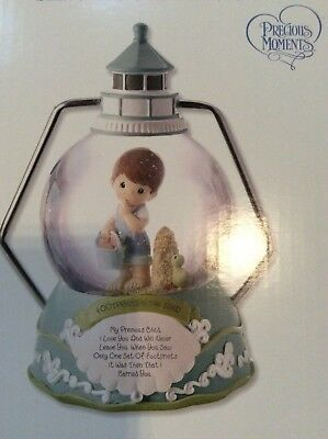 NEW NIB Precious Moments Boy By Lighthouse Waterball Music Box Snow Globe 152105
