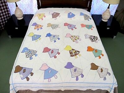 OUTSTANDING Rustic All Feed Sack Hand Sewn SUNBONNET SUE Applique Quilt; FULL