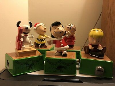 "2017 HALLMARK ""PEANUTS"" Christmas Dance Party FULL SET FREE SHIPPING!"