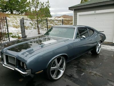 1972 Oldsmobile Cutlass Gun metal gray 1972 Oldsmobile Cutlass 442 Replica