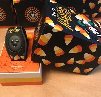 Disney Mickey's Not So Scary Halloween 2017 Chip and Dale Magicband 2 Ltd 2500
