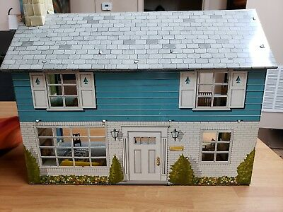 Vintage 1950s Marx Tin Litho 2 Story Colonial Dollhouse W/ Furniture