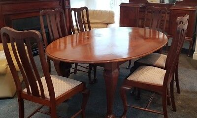 ANTIQUE 7 PCE DINING SUITE circa 1920  OVAL DINING TABLE & 6 DINING CHAIRS