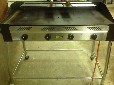 Commercial Gas Grill, Buffalo gl179 4 gas ring burners, lightly used