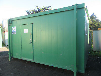 16ft x 9ft ANTI VANDAL TOILET BLOCK 3+1 SO 3 MALE & 1 FEMALE TOILETS 2500 + VAT