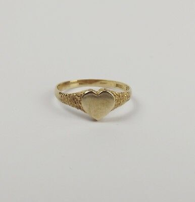 9Ct Yellow Gold Love Heart Ring UK Size P US 7 ½