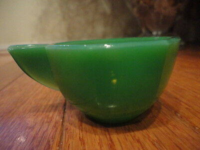 """Octagonal Green Akro Agate Child's Toy Cup Slag Glass 1-1/2"""" t Closed Vintage"""