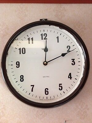 Smiths Sectric Bakelite medium size wall clock (battery power converted).