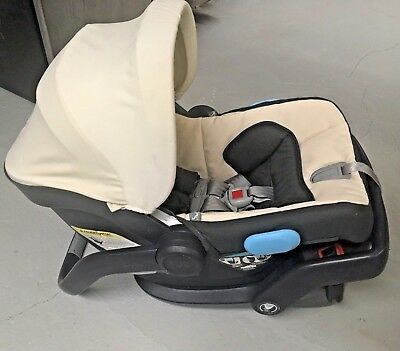 UPPAbaby MESA And Bassinet Infant Baby CarSeat With Base Beige Wheat Black