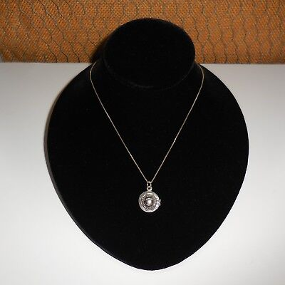 Vintage Solid 925 Sterling Silver Ladies Hat Pendant & 16 Inch Chain Necklace