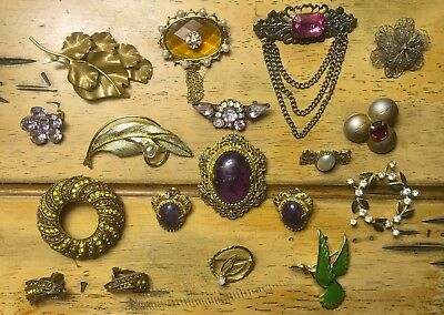 Lot Of BEAUTIFUL Vintage Pins Brooches & Earrings
