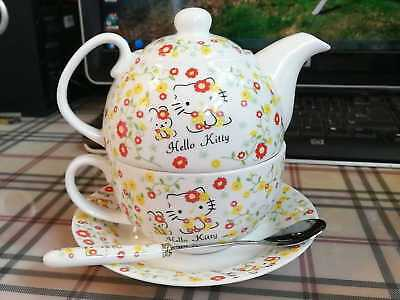 Hello Kitty Ceramic 1 Teapot + 1 Cup Tea Set Two in One 4 PCS Coffee Milk Cup
