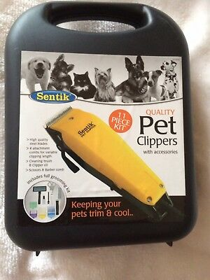 Pet Clippers Set In Case