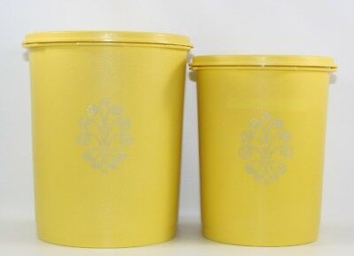 TUPPERWARE 2 Canisters 811-3 809-3 Yellow with Lids 812-16 810-7