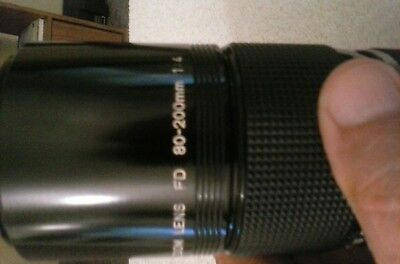 80-200MM CANON FD LENS 1;4 IN EXCELLENT CONDICTION zoom lens