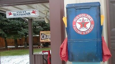 Old Texaco Gas Station Windshield Service Box Paper Towel Dispenser
