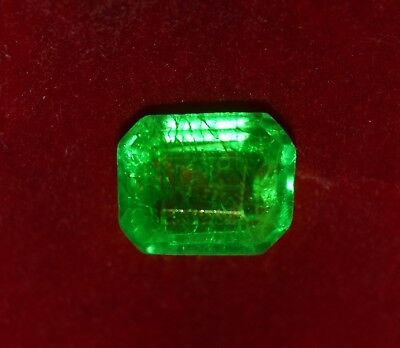 GGL certified 6.45 cts Natural Green Emerald, Emerald shape Zambian Gem