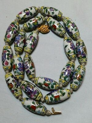 Lovely Vintage Hand Painted Ceramic Chinese Export Necklace Filigree Clasp
