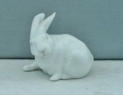 Royal Copenhagen Porcelain Denmark Small White Rabbit Figurine #1691 P. Herold