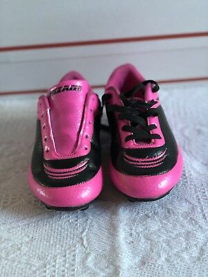 70a7c23d5e4b PREOWNED VIZARI BLOSSOM Pink Girls Soccer Cleats - Size 1 1/2 ...