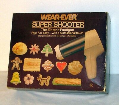 Vintage Wear Ever SUPER SHOOTER Electric COOKIE FOOD GUN 70123 in Box