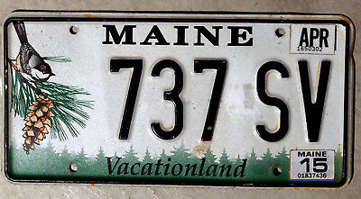 """Maine """"Chickadee and Pine-Cone"""" License Plate with a 2015 Sticker"""
