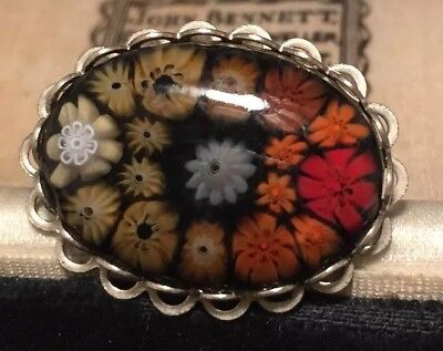 Vintage Jewellery very pretty and unusual graduated millefiori glass brooch