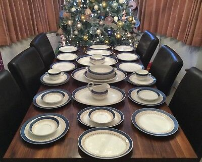 Majestic 32 Piece Antique Dinner Service Losol Ware Keeling And Co Ltd 'Ashley'