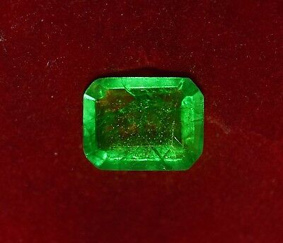 GGL certified 8.35 cts Natural Green Emerald, Emerald shape Zambian Gem