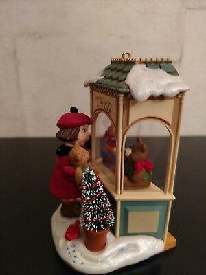 Christmas Window 2006 4th In Series Hallmark Keepsake Club Exclusive
