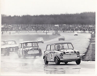 MINI No.23, LEADING MINI No.14, AT 1969 DAILY EXPRESS TROPHY MEETING PHOTOGRAPH