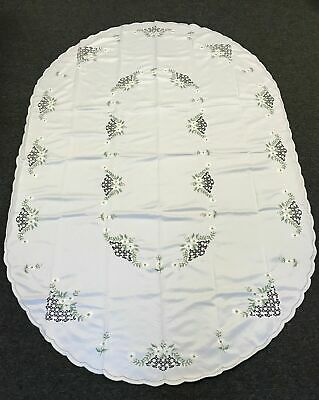 "Beige Embroidery Tablecloth 72x90/"" 8 Napkins Wedding Bridal Shower Event Banquet"