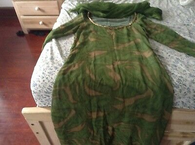 Green 2 piece iIndian outfit size 2x with Scarf Bollywood Cultural  Sari