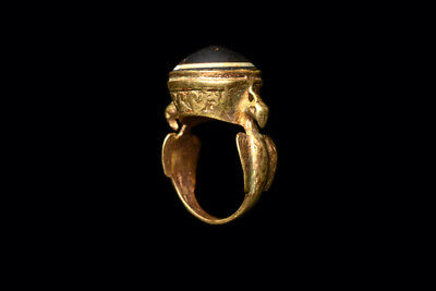 Ancient Islamic Gold Ring with Bactrian Agate Ca. 1000 B.C.