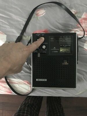 SONY FM-AM/Short Waves Portable Receiver Model No.ICF-5500M, Good Condition.